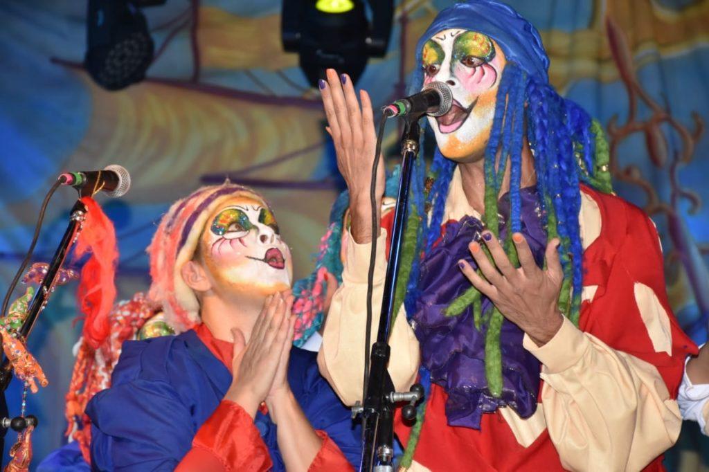 Todo el color, la magia y la alegría reinaron con un gran «Espíritu de Carnaval» en Santa Rosa