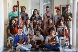La Orquesta Juvenil de Las Heras en un homenaje al cancionero cuyano