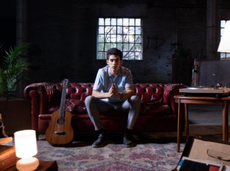 El PURRE se lanzó al mundo de la música presentando «Enamorado» su primer single