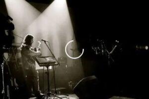 Los Eskarabajos presentan la «Canción de Osvaldo»