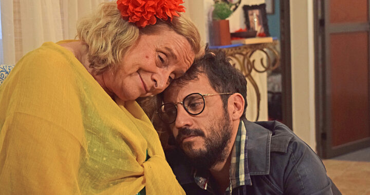 En marzo continúa en cartel la comedia online «FRIO. CALOR. LLUVIA. Y OTRO DÍA MÁS»