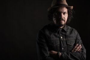 Zoloa presenta en vivo «Triángulo», su primer álbum solista