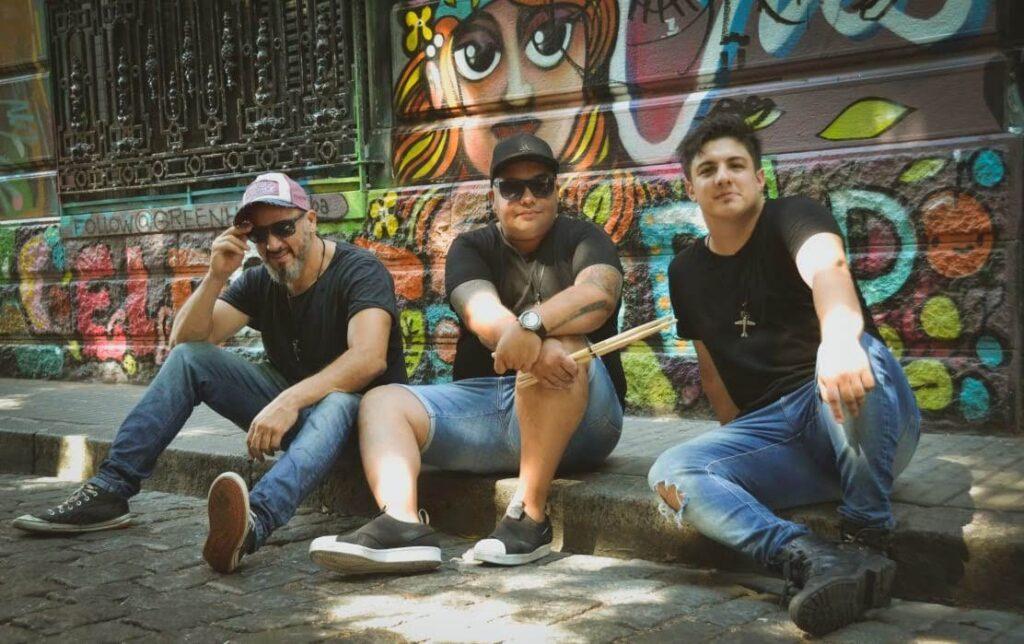 Santa Azúcar presenta «Basta» su álbum debut
